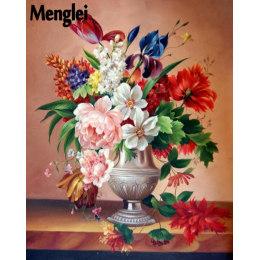 Цветы в серебряной вазе